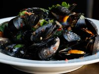 Mussels with Coconut Sweet Chili Broth