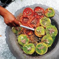 Chalupas Poblanas (Thick Tortillas Fried with Salsa)