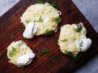 Cottage Cheese Pancakes with Sour Cream and Dill (Lidnivikis)