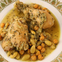 Moroccan Chicken Stew with Almonds and Chickpeas (Djej Kdra Touimiya)