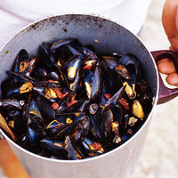 Steamed Mussels with Bayonne Ham