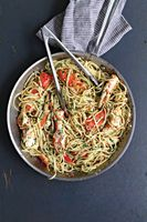 Linguine with Crab in Spicy White Wine Sauce