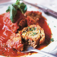 Rolled Stuffed Meat with Tomato Sauce