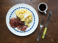 Country Ham with Red-Eye Gravy and Grits