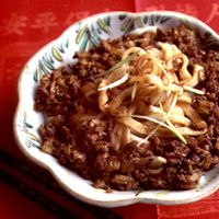 Fresh Wheat Noodles with Sesame Sauce