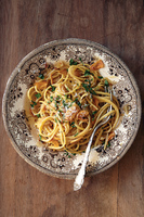 Triple Garlic Linguine